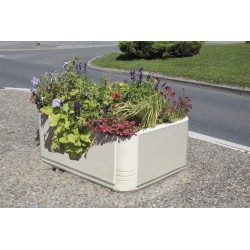 Visuel de la jardinière urbaine en béton carrée