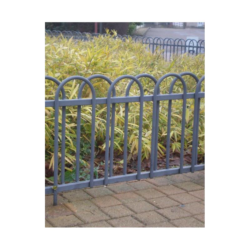Visuel de la barrière de ville avec arceau pour plantations