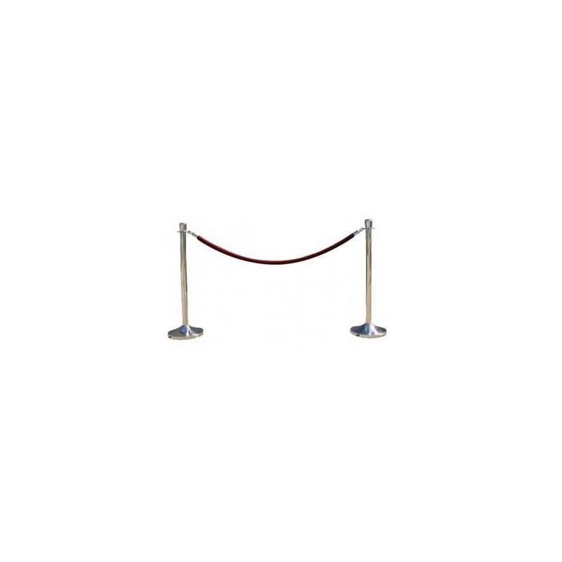 Poteaux à cordon