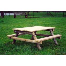 Table de pique-nique en bois pour enfants