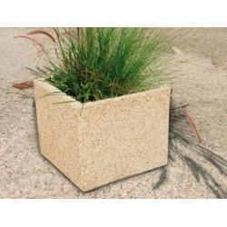 Jardinière carrée en béton