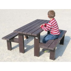 Table pique-nique enfants en recyclé Paquerette