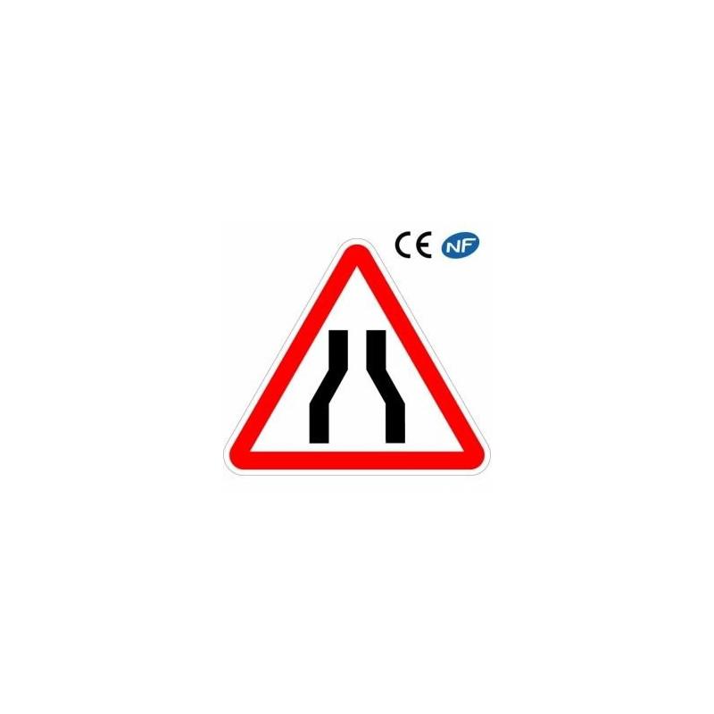 Panneau de signalisation chaussée rétrécie