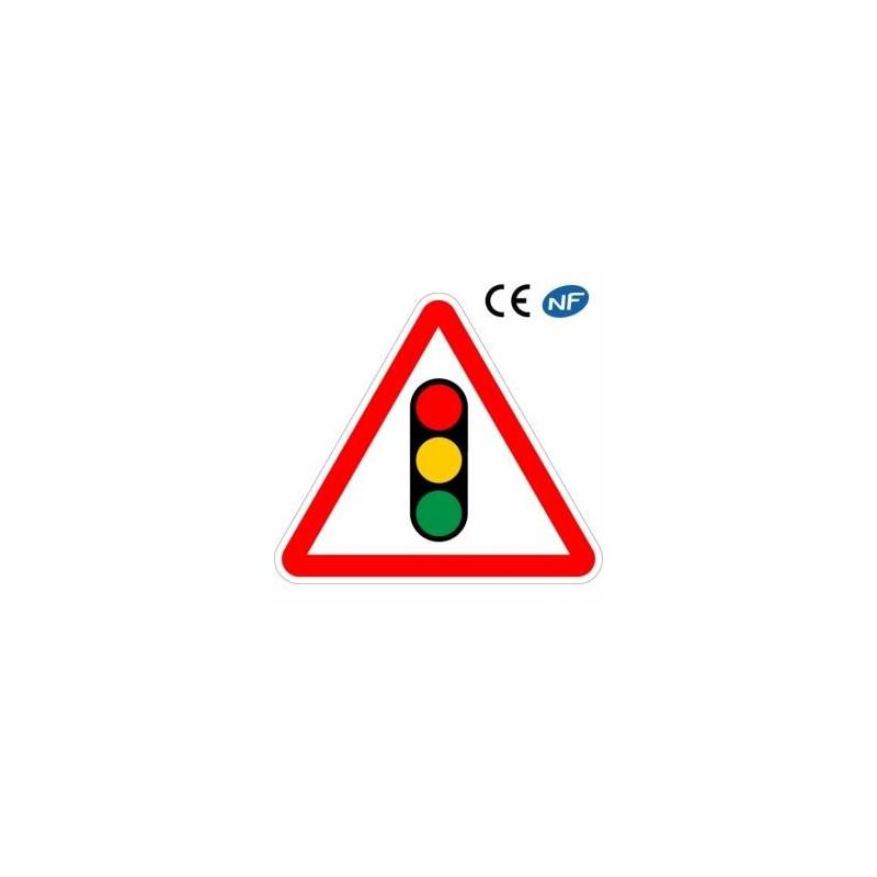 Panneau routier pour la signalisation de feux tricolore (A17)
