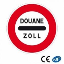 Panneau routier signalant unarrêt obligatoire auposte dedouane (B4)