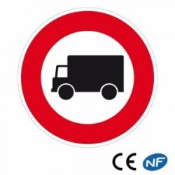 Panneau de circulation d'accès interdit aux camions (B8)