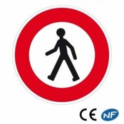 Panneau routier interdisant l'accès auxpiétons (B9a)
