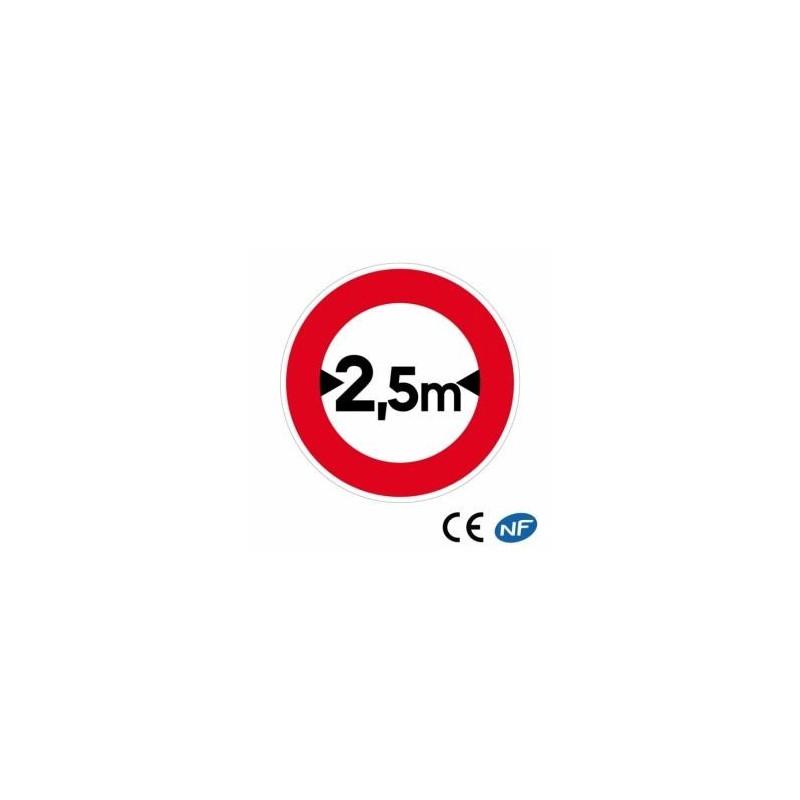 Panneau deroute indiquant une limitation de largeur (B11)