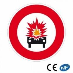 Panneau designalisation interdit aux véhicules demarchandises explosives B18a