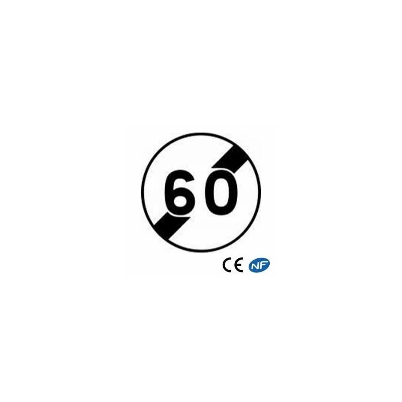 Panneau routier indiquant une fin de limitation de vitesse