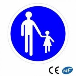 Panneau designalisation indiquant un chemin obligatoire pour piétons (B22b)
