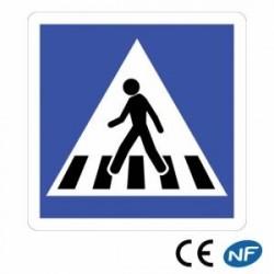 Panneau designalisation indiquant un passage pour piétons - C20a