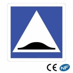 Panneau designalisation situant un ralentisseur de type dos d'âne - C27a