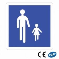 Panneau de signalisation indication d'une zone piétonne (B54)
