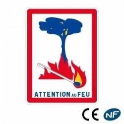 Panneau de signalisation indiquant une zone d'attention au feu (C3)