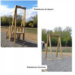 Tyrolienne en bois pour enaTyrolienne en bois de 25 mètres pour enfants de 4 à 14 ansfants de 4 à 14 ans