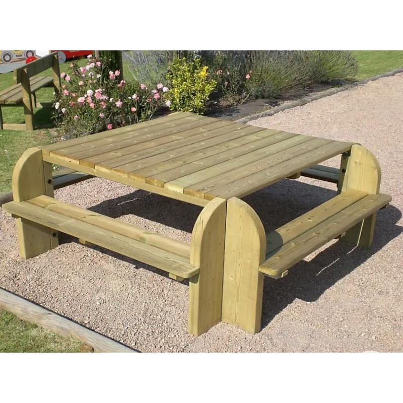 Table pique-nique carrée 8 places en bois traité autoclave